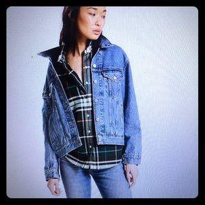 Levi's Ex-Boyfriend Trucker Jacket, Brand new!!
